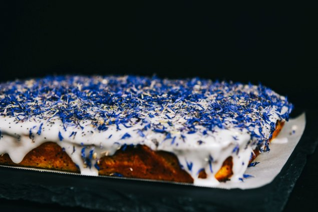 Orange Poppyseed slice cake