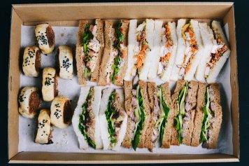 Bite-size sandwich & Savoury pastry Combo